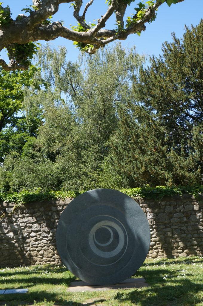 Cosmos 5, Serpentine, 140cm Diam / 10cm, Price on request.