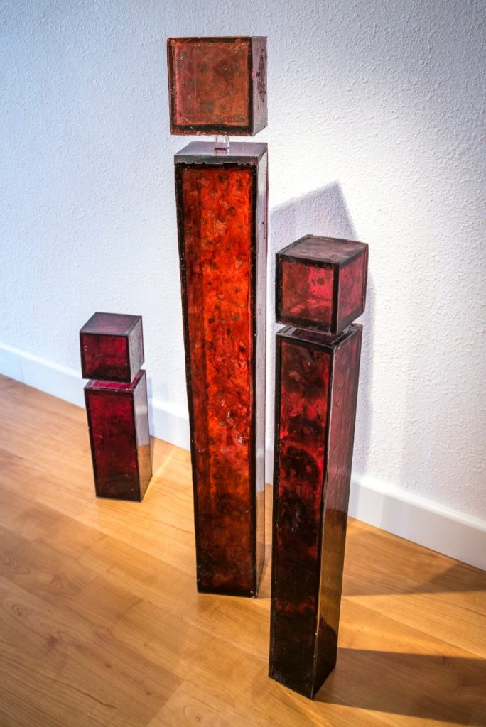 3 sculptures, bioresin, Variable sizes, 2014, Size related, 3'500.- à 4'500.- CHF